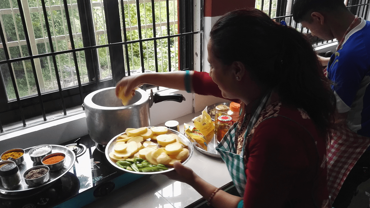 Cooking class in Kathmandu while volunteering in Nepal with VoluntEars