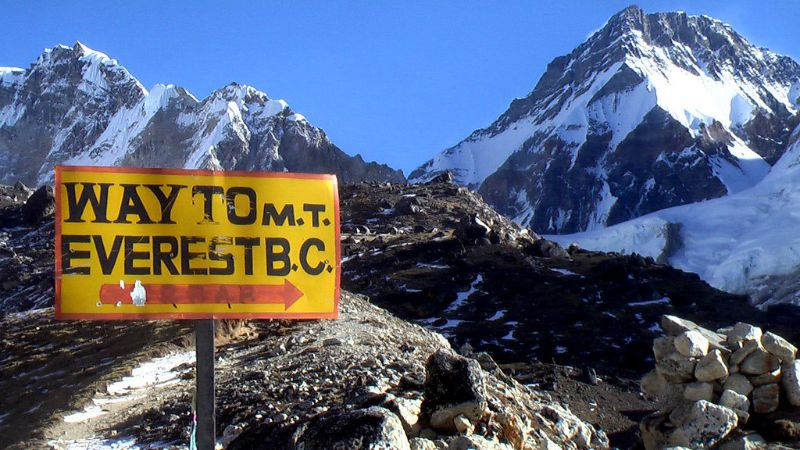 VoluntEars - Deaf volunteering overseas - Everest Base Camp trek