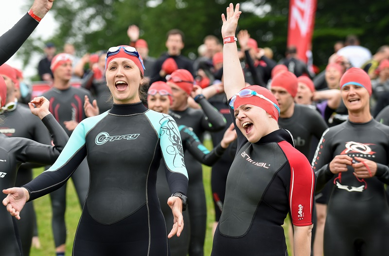 Swimmers ready to start Blenheim Palace Triathlon